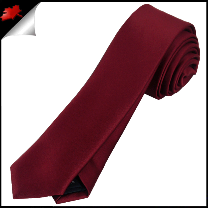 Free shipping available. With most men's skinny red ties below $20, The Tie Bar offers premium quality at a great value.